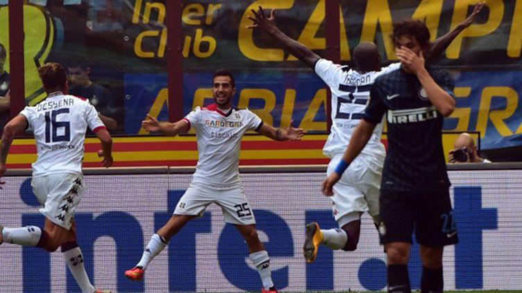 Le bonheur des joueurs de Cagliari autour de Marco Sau et la détresse des Intéristes