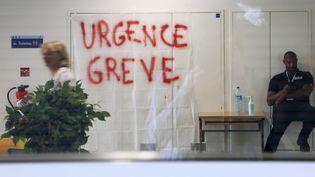 Une grève aux urgences de la Timone, à Marseille. (Photo d'illustration.) (VALERIE VREL / MAXPPP)