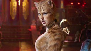 """L'actrice Taylor Swift dans l'adaptation de la comédie musicale """"Cats"""", au cinéma le 25 décembre 2019 en France. (UNIVERSAL PICTURES)"""