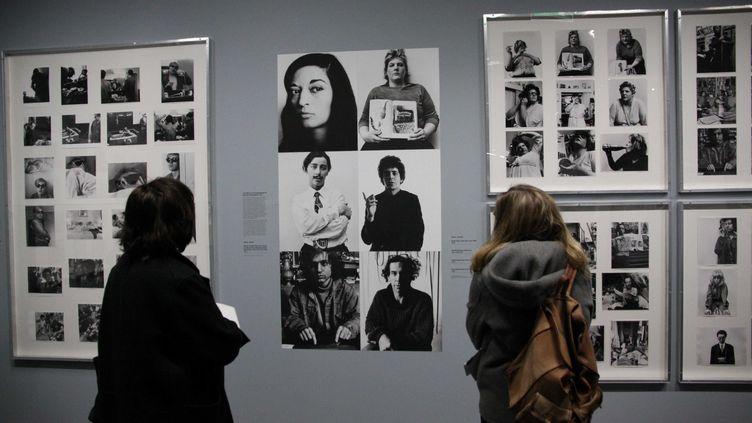L'exposition des photographes Shunk et Kenderqui ont photographié les artistes dans les années 1960, au Centre Pompidou à Paris (26 mars 2019) (GINIES/SIPA)