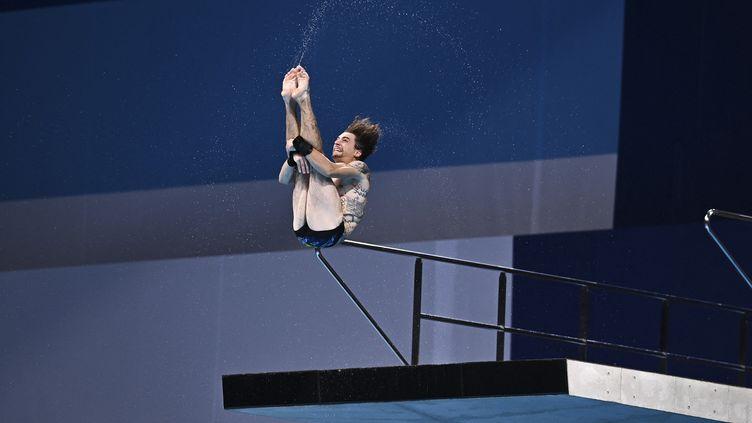 Le Français Matthieu Rosset, au plongeon des Jeux olympiques de Tokyo. (KEMPINAIRE STEPHANE / KMSP via AFP)