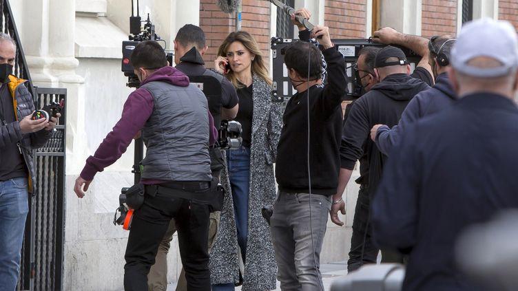 "Penelope Cruz durant le tournage du film ""Madres paralelas"" d'Almodovar, en mars 2021. (EUROPA PRESS ENTERTAINMENT / EUROPA PRESS)"
