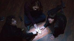 """En France, """"Ouija"""" de Stiles White, en tête du box-office nord-américain ces jours-ci, ne sortira que le 29 avril 2015.  (Universal Pictures)"""