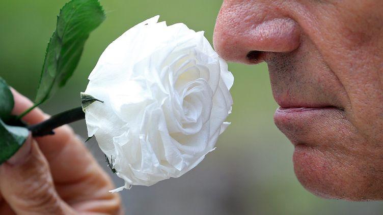 La perte d'odorat longue durée concerne les personnes touchées par une forme bénigne du Covid-19. (VANESSA MEYER / MAXPPP)
