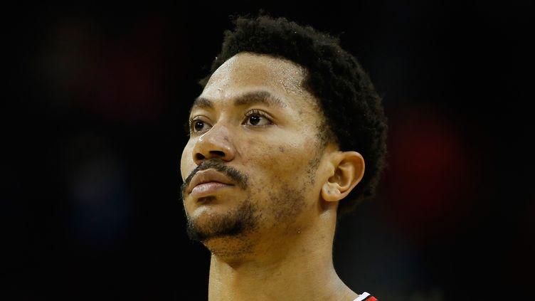 Derrick Rose va pouvoir enfiler le maillot des Bulls avant les playoffs  (SCOTT HALLERAN / GETTY IMAGES NORTH AMERICA)