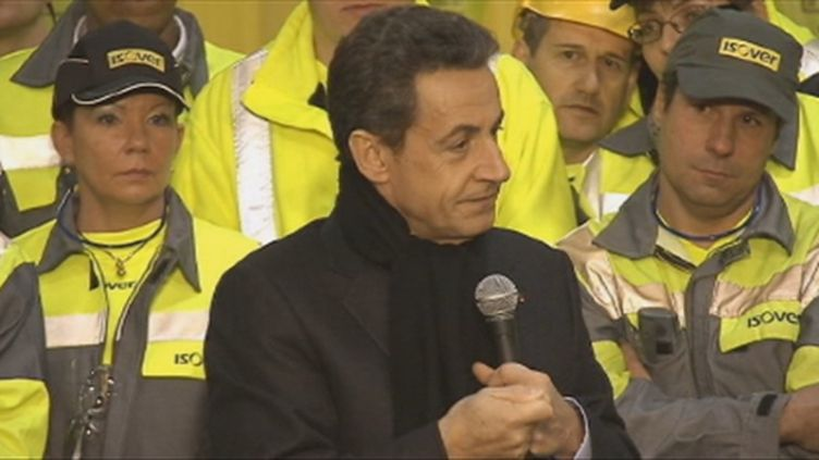 Nicolas Sarkozy devant les salariés d'Isover Saint-Gobain (Francetv)