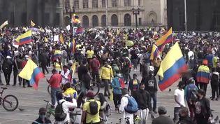 Colombie : au moins 24 morts et plus de 800 blessés dans des affrontements entre manifestants et forces de l'ordre (FRANCEINFO)