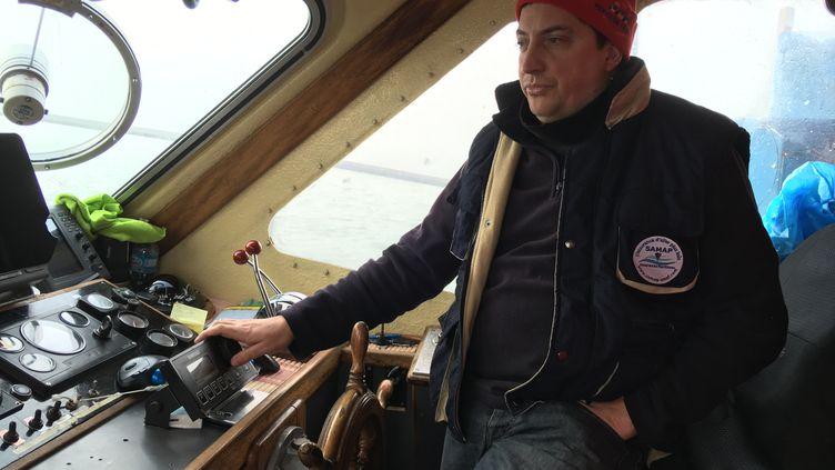 """Frédéric Drogerys, patron pécheur du """"Sansesia"""" à Dunkerque. (FARIDA NOUAR / RADIO FRANCE)"""