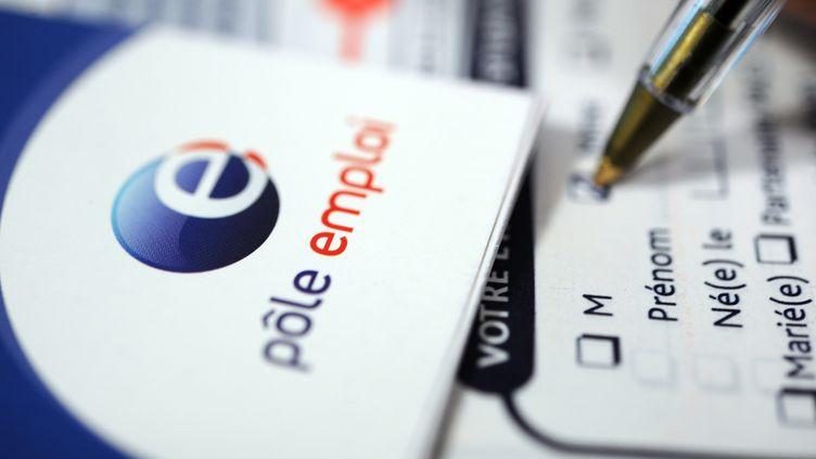 Le logo de Pôle emploi. (FRED TANNEAU / AFP)