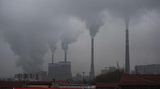 La centrale à charbon de Datong, en Chine, en novembre 2015 (GREG BAKER / AFP)