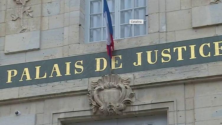 Meurtre d'Alexia : Jonathann Daval maintient ses aveux (FRANCE 2)