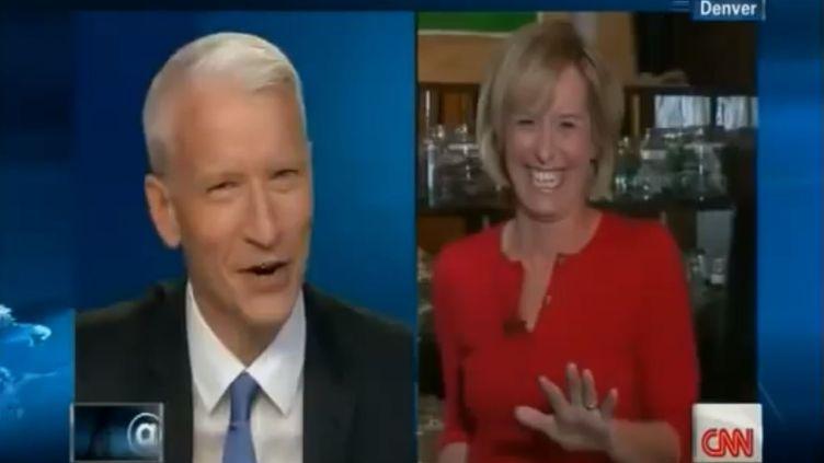 Randi Kaye, une journaliste de la chaîne américaine CNN, raconte au présentateur Anderson Cooper avoir testé les effets du cannabis sur son organisme au cours de son reportage dans le Colorado (Etats-Unis) en janvier 2014. ( YOUTUBE / FRANCETV INFO )