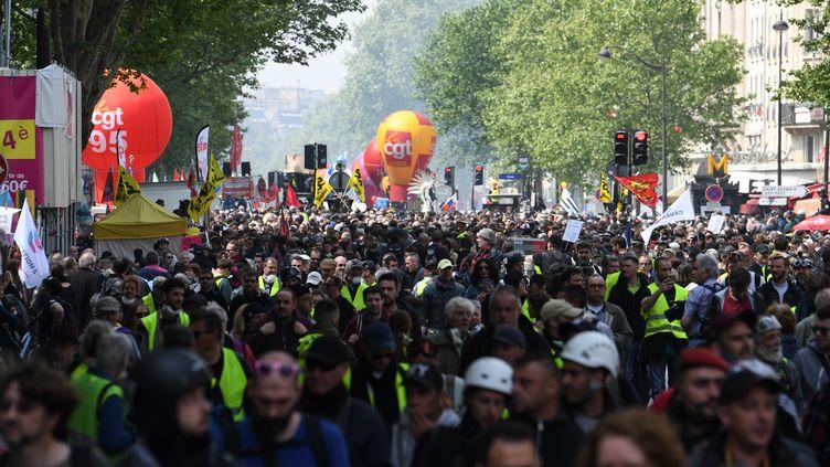 Le cortège intersyndical à Paris, mercredi 1er mai 2019. (ALAIN JOCARD / AFP)