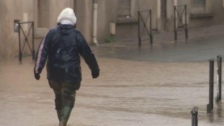 Dans l'Aude, les précipitations se poursuivent jeudi 23 janvier à cause de la tempête Gloria. (FRANCE 2)