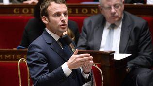 La ministre de l'Economie Emmanuel Macron à l'Assemblée nationale, le 27 janvier 2015. (BERTRAND GUAY / AFP)