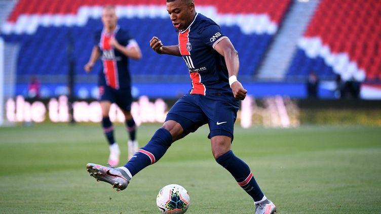 Kylian Mbappé a inscrit un but à chaque match amical du PSG (FRANCK FIFE / AFP)