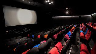Le cinéma Majestic Passy (Paris 16) exploité par Sophie Dulac, va d'ores et déjà modifier sa programmation. (STEPHANE DE SAKUTIN / AFP)