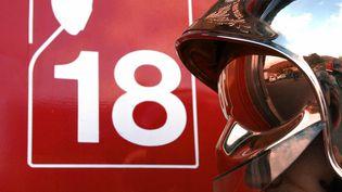 Plus de 2 800 pompiers ont été agressés en 2017, 23% de plus qu'en 2016. (DOMINIQUE FAGET / AFP)