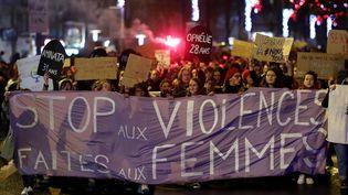 Une manifestation contre les violences faites aux femmes et les féminicides à Nantes, le 25 novembre 2019. (STEPHANE MAHE / REUTERS)
