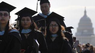 Des étudiants de l'université George Washington lors de leur cérémonie d'intégration, en 2012. Image d'illustration. (JONATHAN ERNST / REUTERS)