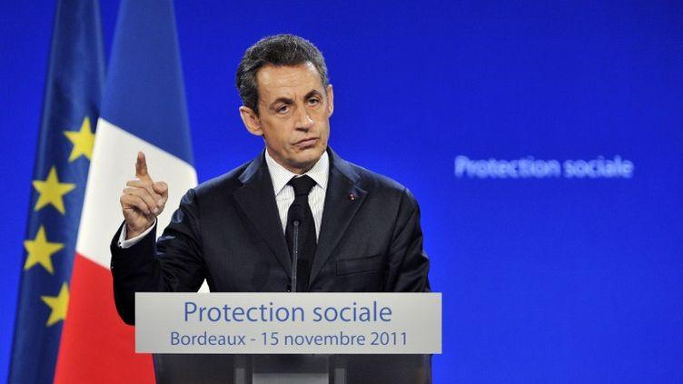 Nicolas Sarkozy à Bordeaux (Gironde) lors de son discours sur le thème de la fraude sociale, le 15 novembre 2011. (PIERRE ANDRIEU / AFP)