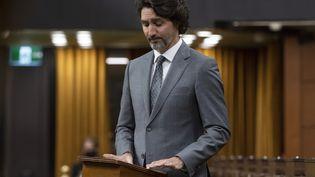 Le Premier ministre canadien Justin Trudeau, durant un débat après la découverte des restes de 215 enfants dans un ancien pensionnat au Parlement d'Ottawa (Canada), le 1er juin 2021. (ADRIAN WYLD / THE CANADIAN PRESS / AP)