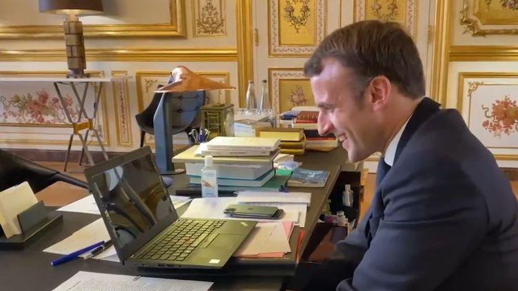 Emmanuel Macron en visioconférence avec Jean Le Cam et Kevin Escoffier