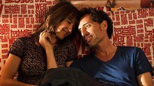"""Sophie Marceau et Gad Elmaleh : """"Un bonheur n'arrive jamais seul"""" de James Huth  (Pathé Distribution)"""