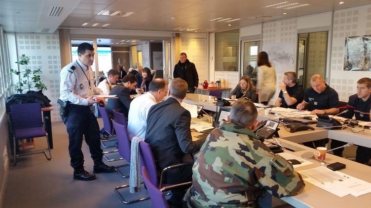 Les services de l'Etat mobilisés lors d'une simulation d'attentat à Roissy. (TOUS DROITS RÉSERVÉS)
