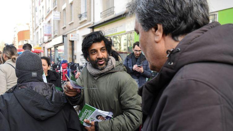 L'ancien joueur du PSG,Vikash Dhorasoo, candidat LFI en binôme avec Danielle Simmonet à Paris, le 21 février 2020. (ALAIN JOCARD / AFP)
