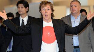 Paul McCartney à son arrivée au Japonle 15 mai  (TOSHIFUMI KITAMURA / AFP)