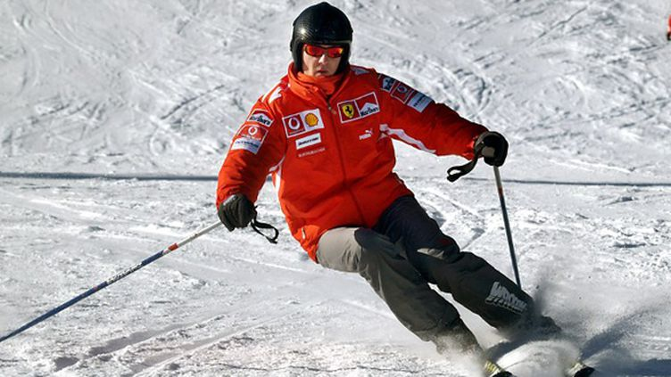 """L'état de santé de Michael Schumacher s'est """"légèrement amélioré"""" même s'il reste """"critique et fragile"""". (OLIVER MULTHAUP / DPA)"""