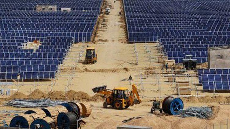300 millions de personnes sont sans électricité en Inde. Le pays compte beaucoup sur le solaire. (AFP)