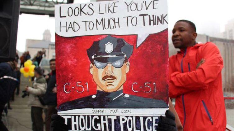 13 mars 2015. A Toronto, manifestation d'opposants à la loi antiterroriste canadienne, connue sous le nom de C-51. (Seyit Aydogan / ANADOLU AGENCY)