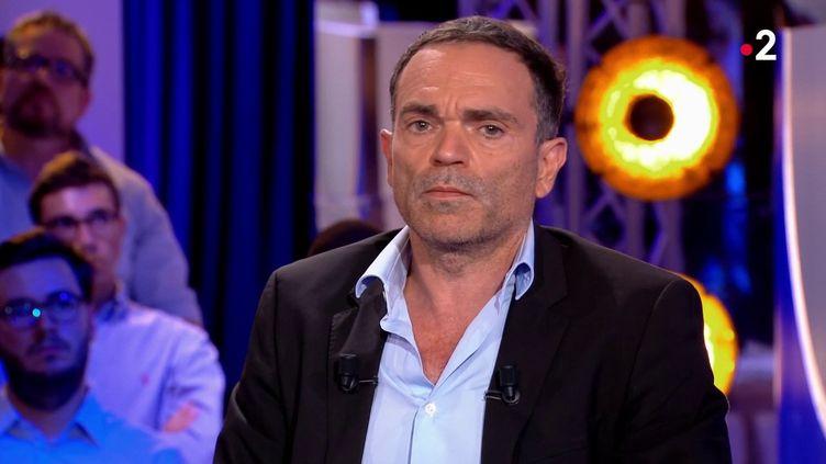 """Yann Moix sur le plateau de l'émission """"On n'est pas couché"""" de France 2, le 31 août 2019. (FRANCE 2)"""