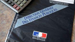 Un avis d'imposition de la Direction générale des finances publiques, à Thionville (Moselle), le 19 septembre 2014. (MAXPPP)