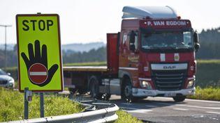Un camion photographié le 18 octobre 2017 en Belgique. Image d'illustration. (MAXPPP)