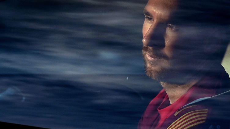 L'avenir de Lionel Messi est incertain depuis que le FC Barcelone a annoncé qu'il ne resterait pas le 5 août 2021. (LLUIS GENE / AFP)