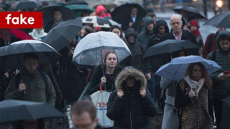 """Le """"Blue Monday"""", soi-disant jour le plus déprimant de l'année, lundi 15 janvier, à Londres. (MAXPPP)"""