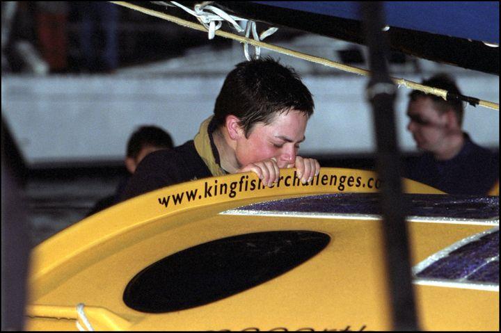 La navigatrice britannique Ellen MacArthur, deuxième du Vendée Globe, le 2 février 2001, à l'arrivée aux Sables-d'Olonne. (POOL GOISQUE/PHILIPPOT / GAMMA-RAPHO)