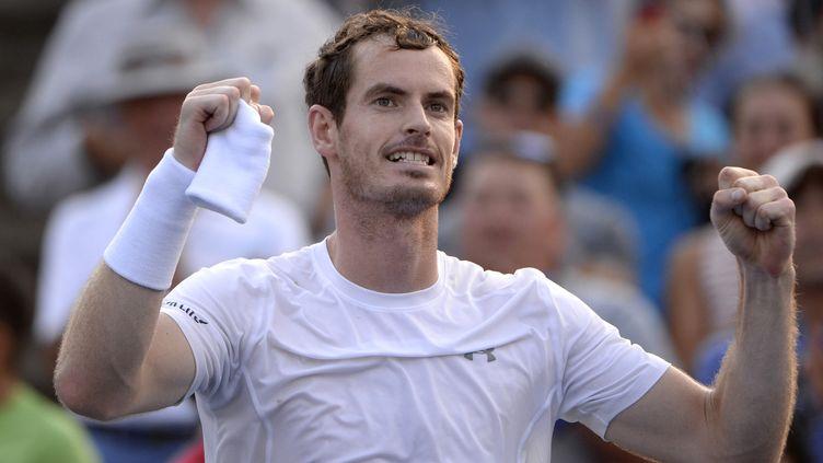 Andy Murray exulte après sa victoire face à Novak Djokovic lors des Masters 1000 de Montréal (Canada), dimanche 16 août 2015. (ERIC BOLTE / USA TODAY SPORTS / REUTERS)