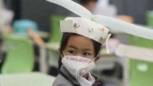 Coronavirus : les écoles en Chine rouvrent sous très haute surveillance (Capture d'écran France 2)