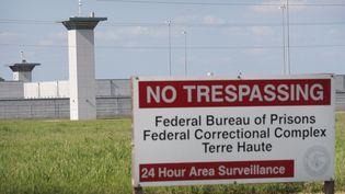 L'entrée dupénitencier fédéral de Terre-Haute, dans l'Indiana (Etats-Unis), le 25 juillet 2019. (SCOTT OLSON / GETTY IMAGES NORTH AMERICA / AFP)