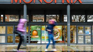 Un supermarché Monoprix à Dunkerque (Nord). (PHILIPPE HUGUEN / AFP)