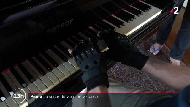 Musique : un célèbre pianiste retrouve l'usage de ses mains grâce à des gants bioniques