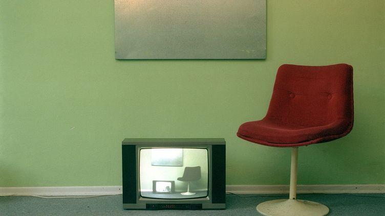 """La """"contribution à l'audiovisuel public"""" augmentera de 4 euros en 2013. (GLASS EYE / STOCK4B CREATIVE / GETTY IMAGES)"""