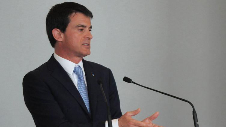 Le Premier ministre Manuel Valls intervient à un colloque sur le Droit d'auteur, le 17 mai 2015 à Cannes.  (Jean-Pierre Clatot / AFP)