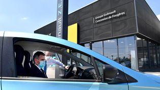 la vente de voitures neuves a chuté considérablement (illustration) (JOEL LE GALL / MAXPPP)