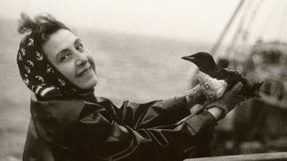 Anita Conti en 1952 à bord du chalutier Bois Rosé (Anita Conti)