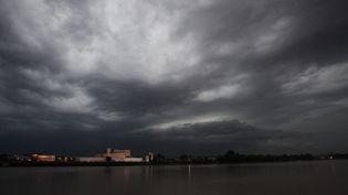 Des orages à Bordeaux (Gironde), le 19 juillet 2014. (  MAXPPP)
